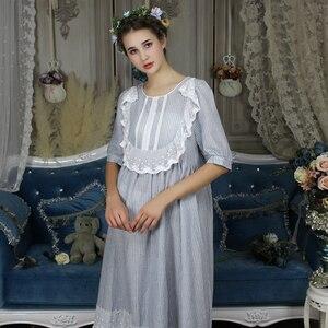 Image 2 - בציר אירופאי ארמון סגנון כתונת לילה ארוך כותנה הלבשת נשים תחרה לפרוע אפליקציות משובץ לילה ללבוש ויקטוריאני שמלת T296