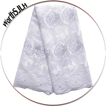 Embroidered Rhinestones White Lace Fabric Royal Blue Eyelet High Quality African Lace Fabric 2018 Latest African Dry Lace недорого