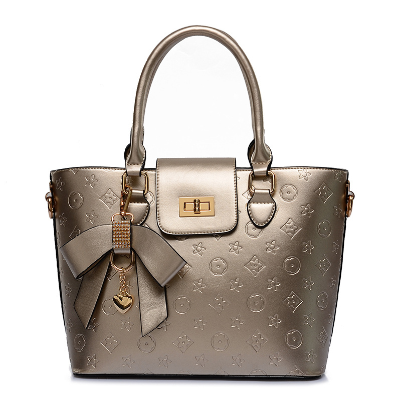 2019 European and American Style Classic Diamond Embossed Handbag Patent Leather Fashion Shoulder Bags Women Purses
