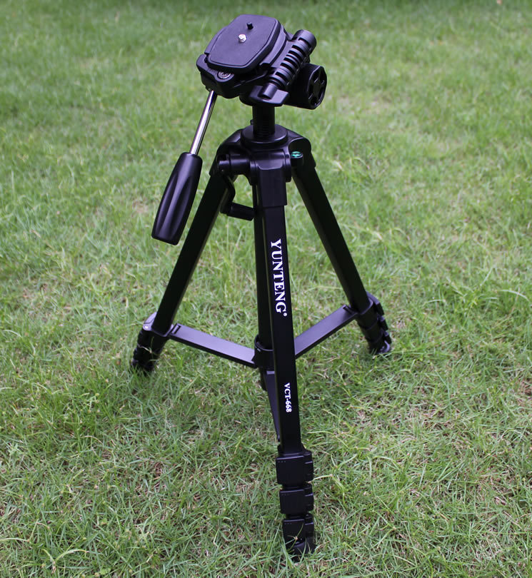 NEW YUNTENG VCT-668 Pro Tripod with Damping Head Fluid Pan for SLR/DSLR Canon Nikon +Carrying Bag, Free Shipping new professional aluminum alloy yunteng vct 668 tripod for slr dslr camera maximum load 3kg with carry bag