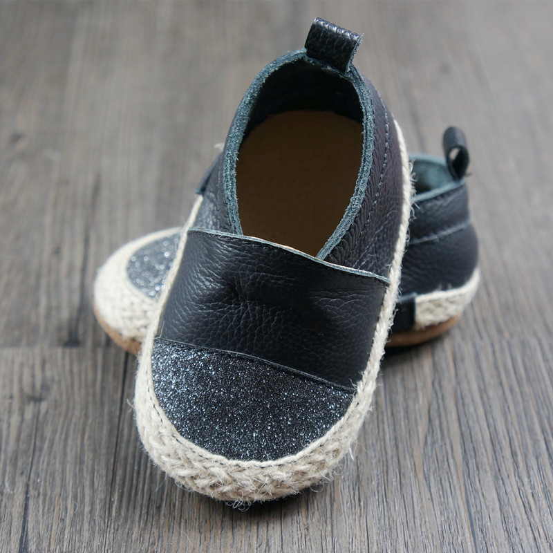 New First Walkers baby shoes Genuine leather weaving Toddler baby moccasins bling boy and girls Shoes 11.5-14.5cm Free shipping baby moccasins the coral pear classic moccasin genuine leather infant toddler kids