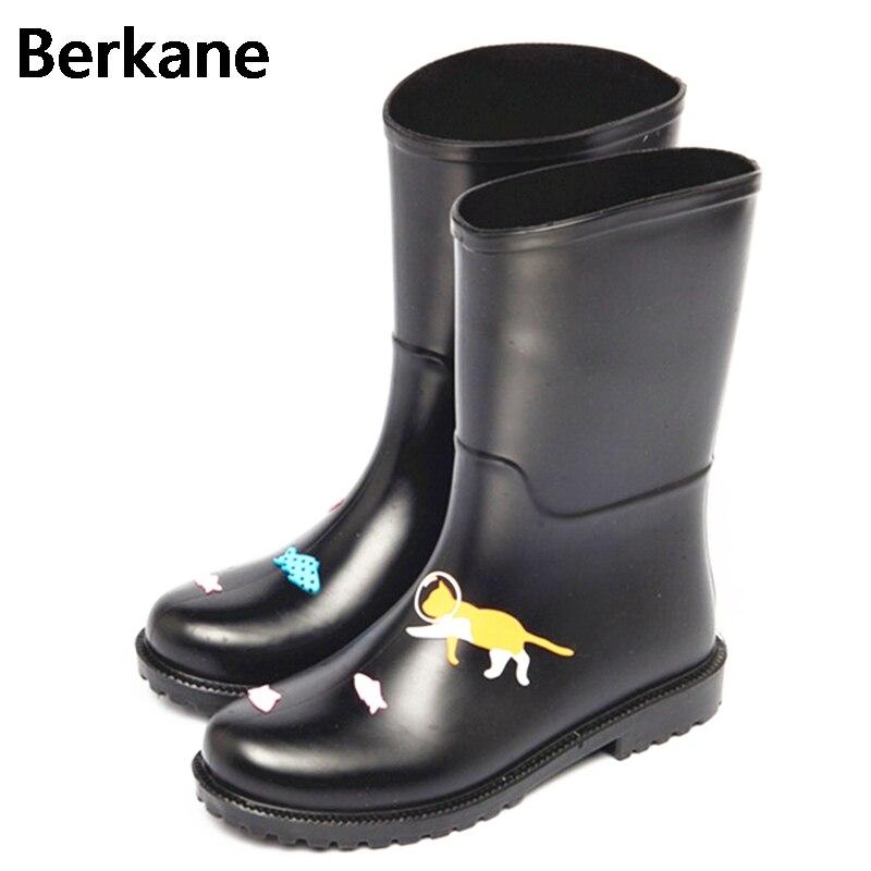 PVC Rain Boots Women Waterproof Cartoon Cat Gummistiefel Rubber Ankle Fashion Female Water Shoes 2017 Rainboots Wellies Soft качели садовые olsa сиена с458 bordo