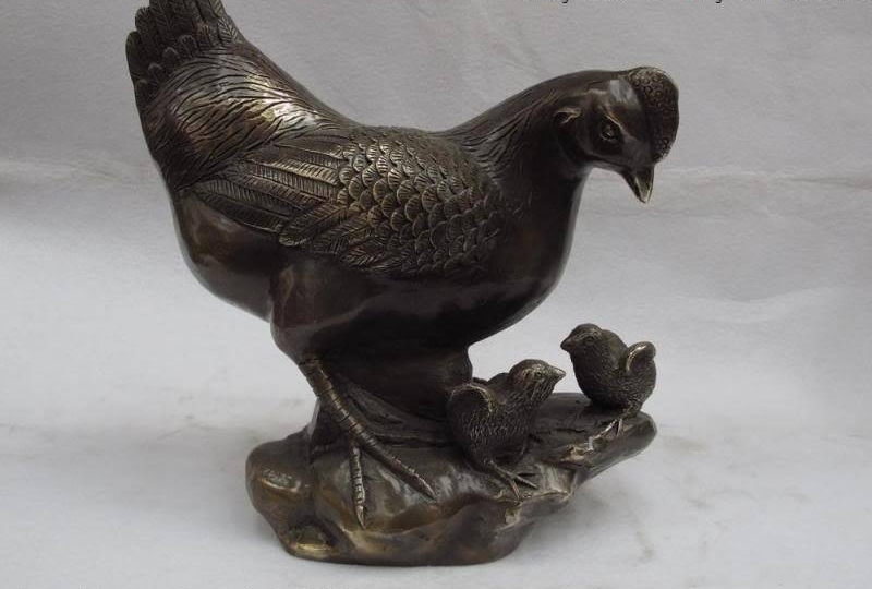 Chinese classical Brass copper handwork Carved chicken rooster fengshui StatueChinese classical Brass copper handwork Carved chicken rooster fengshui Statue