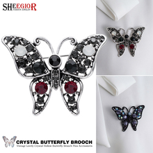 Crystal Butterfly Brooches for Women Accessories Metal Enamel Pin Fashion Lovely Colour Rhinestone Brooch Men Badge Jewelry Gift
