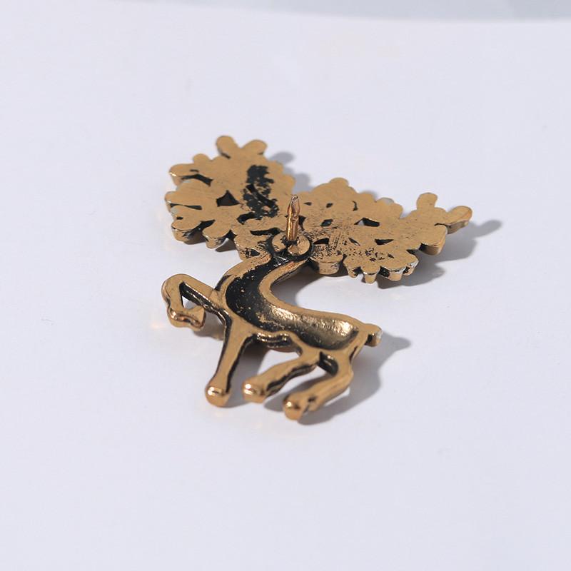 deer brooch pins6