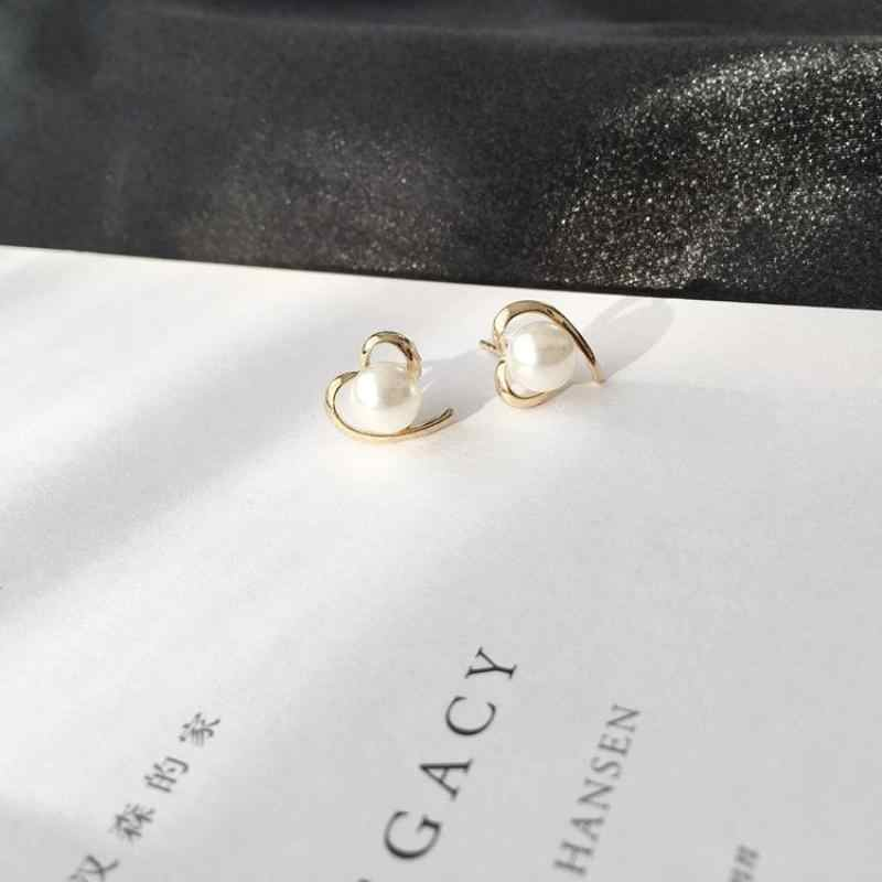 Hot Hearts Peach Heart Love Pearl Simple Personality Fashion Glide Earrings Jewelry Stud Earrings For Women Brincos 2018 Cute
