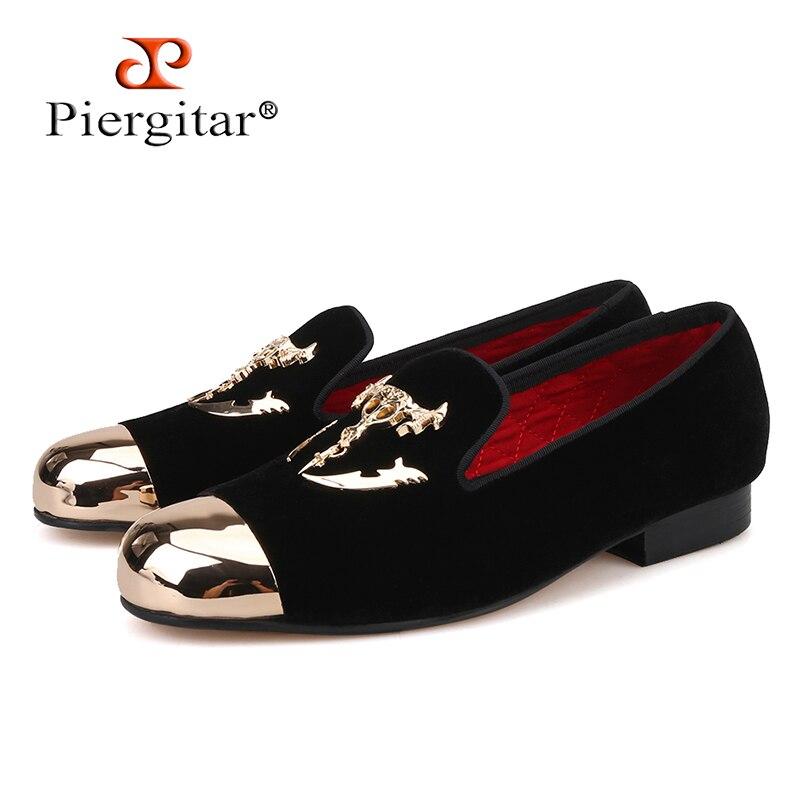Piergitar ผู้ชายกำมะหยี่สีดำรองเท้าหัวเข็มขัดกะโหลกศีรษะและ gold toe สไตล์อังกฤษ loafers ผู้ชายหรูหรารองเท้าผู้ชายแฟลต-ใน รองเท้าลำลองของผู้ชาย จาก รองเท้า บน   1
