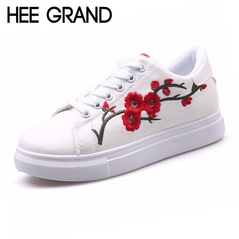 Hee Grand Black White Comfort Casual Woman Shoes 2018 Convenient Spring Style Floral Flats Lace-Up Woman Creepers Shoes XWX6701 hee grand 2017 new fisherman shoes woman spring silver loafers casual flats lace up creepers platform women shoes xwd5625
