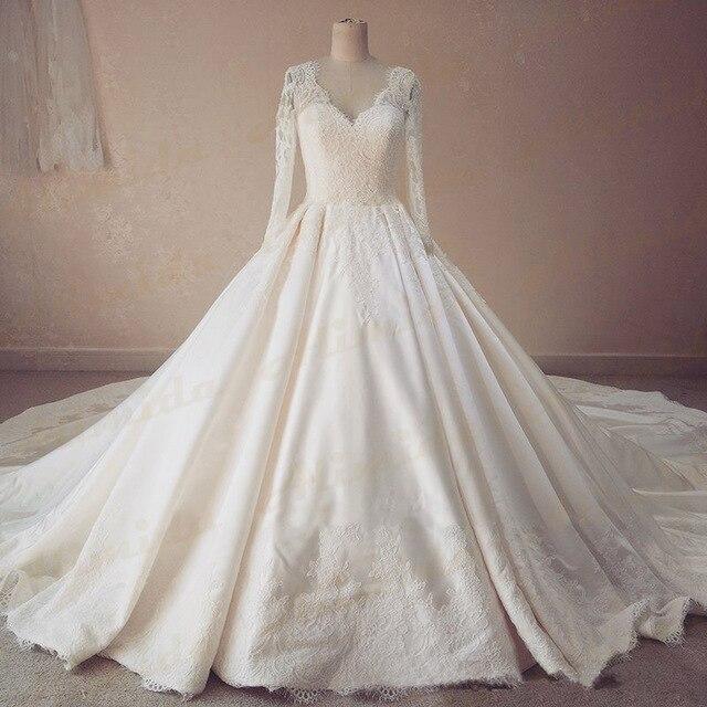 Cathedral Wedding Gowns: 2017 Spring New Designer Elegant Wedding Dress Full Sleeve