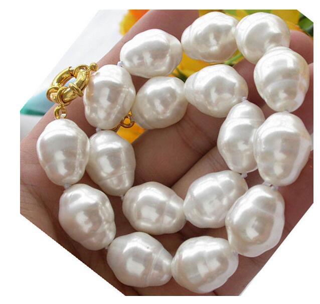 Collier de perles de forme Baroque blanche 20mm avec fermoir jaune 18