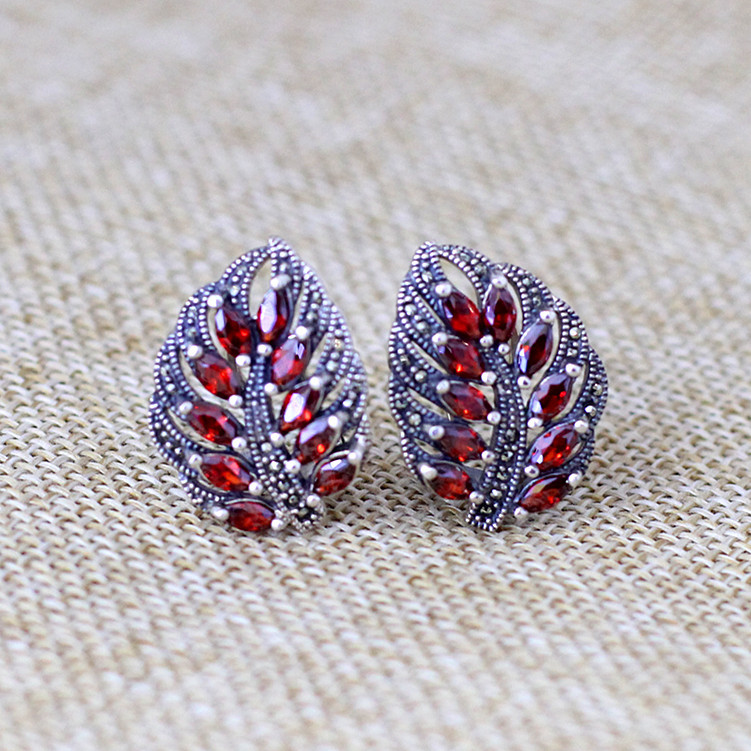 2018 New Rushed Brinco Elegance Fashion Items Thai Earrings Wholesale S925 Pure Ornaments Garnet Leaf Ear Clip Jewelry echtes oleo mac ignition coilfits for oleo mac 941c 941cx 937 chainsaw spare parts 50170144cr