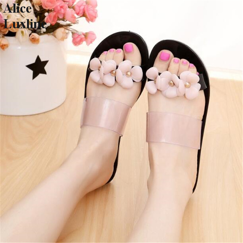 2017 New Women Fashion Plastic Beach Shoes Jelly color Flower Flat Casual Sandals Home Sandals Girls Sweet Slides Slippers RU IL free shipping candy color jelly sandals new plastic chain beach shoes chain flat bottomed out sandals lace up chains women shoes