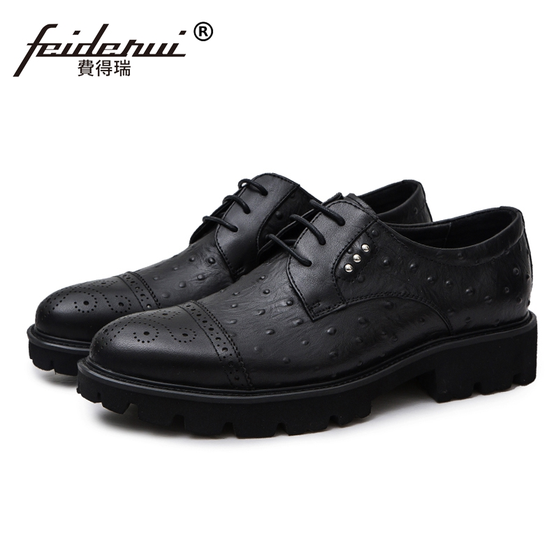 British Style Formal Man Studded Dress Party Shoes Genuine Leather Platform Mens Brogue Bridal Wedding Footwear For Male JS45British Style Formal Man Studded Dress Party Shoes Genuine Leather Platform Mens Brogue Bridal Wedding Footwear For Male JS45