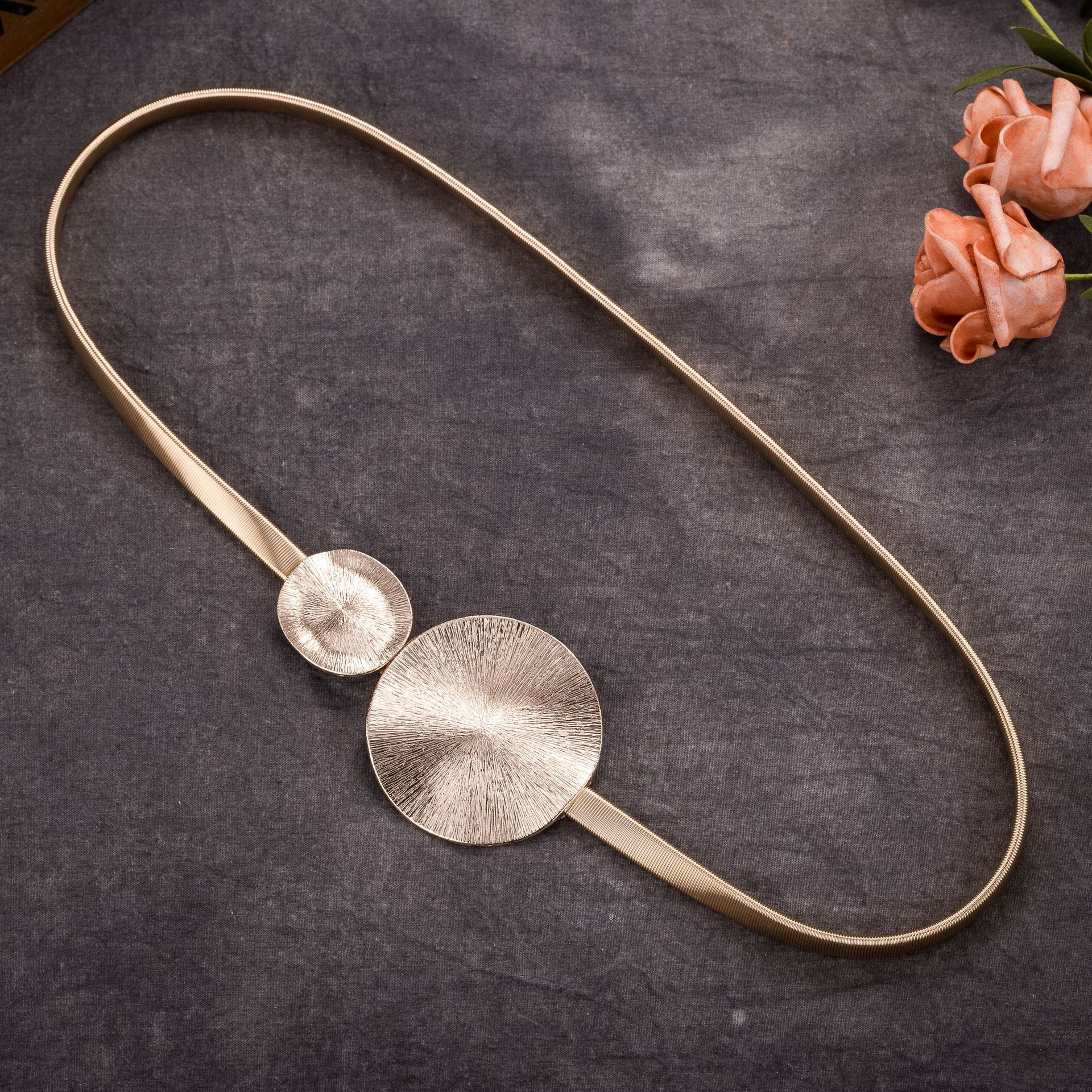 Korean Elastic Metal Waist Silver Gold Chain   Belts   Female Round Leaf Buckle for Women Dresses Strap Waistband Cummerbunds