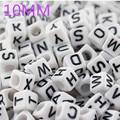 Модные Акриловые бусины с буквами алфавита DIY для браслета кубика DIY россыпью пластиковые бусины от A до Z 10 мм xyb001 - фото