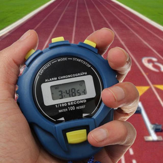 8a0132613a20 Cronógrafo cronógrafo cronómetro de mano cronómetro profesional temporizador  deportivo Digital LCD reloj de Cuenta regresiva temporizador