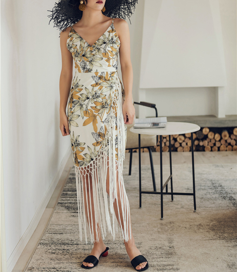 Spring and summer new style V neck floral dress Bohemian bag hip dress fringed dress in Dresses from Women 39 s Clothing