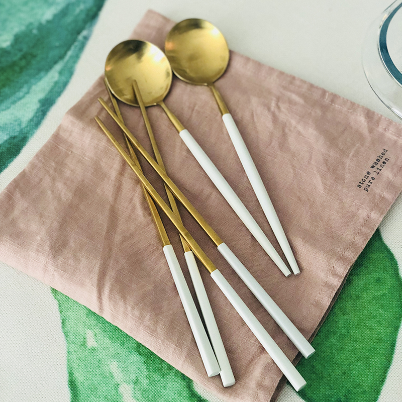 2PC Korean Style Stainless Steel Chopsticks Spoon Set White Gold Plated Long Handle Dessert Spoons Sushi Chopstick Tableware