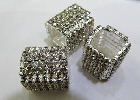 12pcs 15-20mm Pave Micro CZ crystal Pave Bling Beads White silver crystal CZ Bead,Black Gunmetal cube square box brick charm jew anil arjanda water repellent bangle micro pave black cz