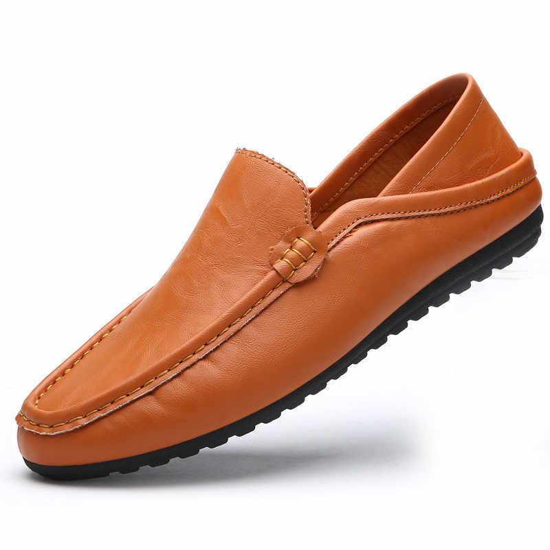 หนังผู้ชายรองเท้าสบายๆหรูหรายี่ห้อ Mens Loafers Breathable Slip on สีดำขับรถรองเท้ารองเท้านุ่ม 2019 ใหม่