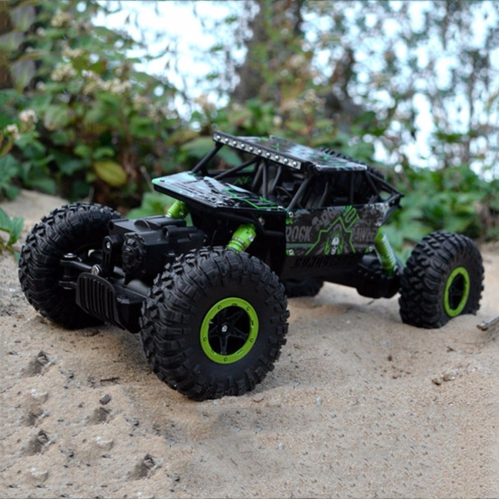 RC Car 2.4G 4WD RC Rock Driving Crawlers Car Double Motors Drive Bigfoot Remote Control Model Car Off-Road Vehicle Toy EU Plug 2 4g 4wd rc rock driving crawlers remote control car double motors drive bigfoot car model off road vehicle toy rc car model