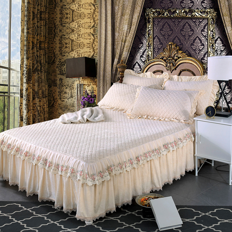 Beige Europe style Crystal velvet Thick Bedding Bed Skirt Pillowcase With Cotton Luxury Lace Embroidey Bedspread Bed Sheet Set