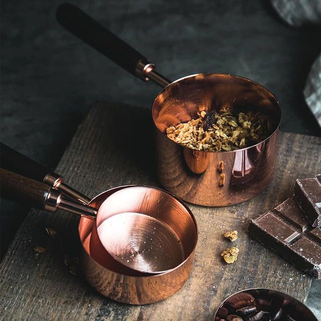 4 개/대 스테인레스 스틸 측정 컵과 숟가락 나무 손잡이와 함께 설정 설탕 커피 주방 식기를 굽기위한 로즈 골드