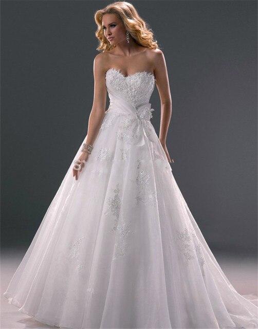 2016 New Arrival A line wedding dress Lace applique Sweetheart wedding dresses Backless strapless vestidos de novia