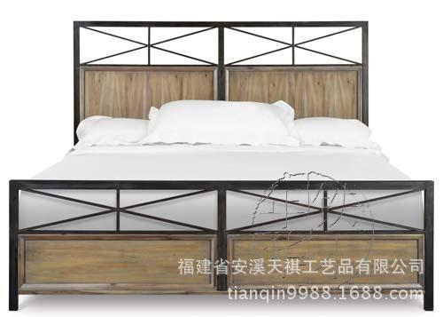 american country to do the old wrought iron wood bed vintage