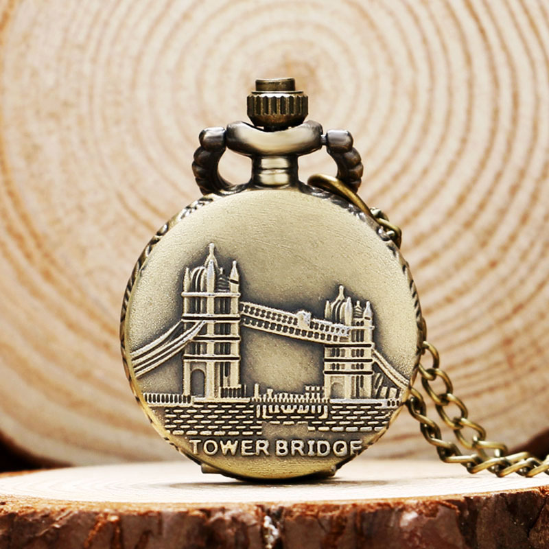 Cool Bronze Tower Bridge Case Design Quartz Pocket Watches Small Size Fob Watch Sweather Necklace Pendant for Women Ladies Gift