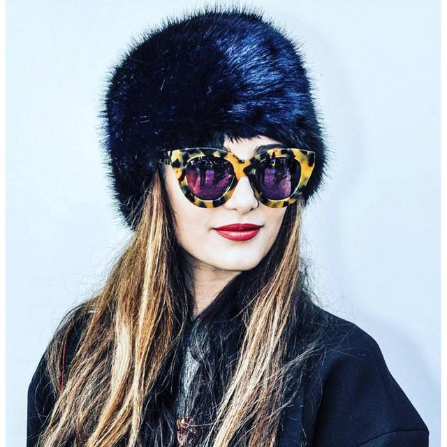 776d879e48e 17 Style Europe Practical Fur Hat 2016 Women Vintage Fashion Beanies Bomber  Fur Warm Hat Brand Casual Winter Feather Hat