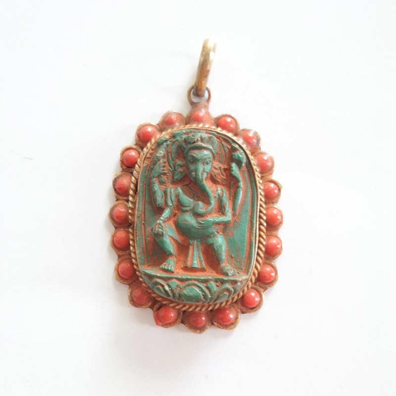 TBP687 Tibetan Sakyamuni Buddha Amulets Pendants Tibet Clay Sculpture Handicraft Скульптура