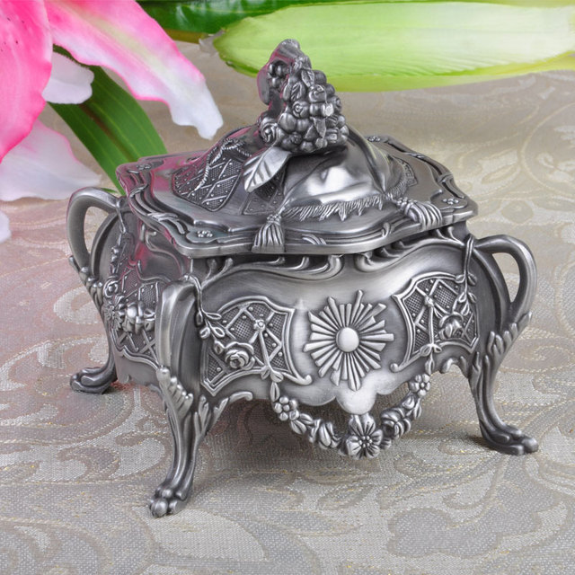 Vintage Home Decoration Trinket Jewelry Box Carrying Cases Metal Art