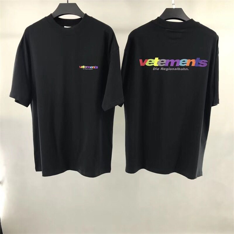 20a17b999581e3 2018 F/W Summer Haute Couture VETEMENTS Rainbow Letter Embroidery men short  sleeve t shirt Hiphop Fashion Casual Cotton Tee S XL-in T-Shirts from Men's  ...