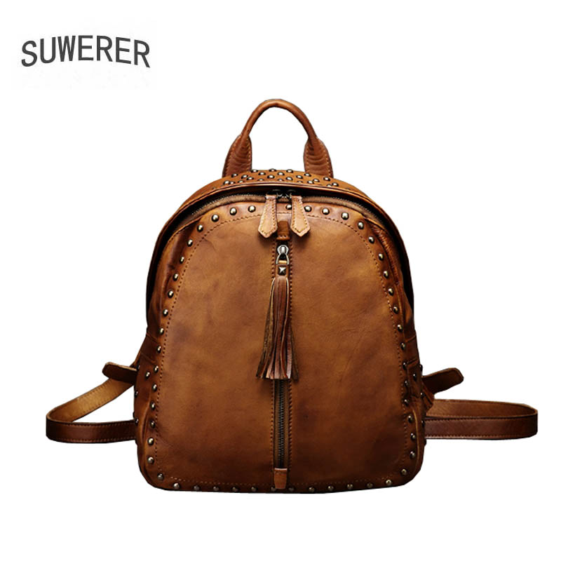 2019 New women Genuine leather backpack Leisure travel bag backpack brand women leather bag fashion Designer Rivet backpack2019 New women Genuine leather backpack Leisure travel bag backpack brand women leather bag fashion Designer Rivet backpack