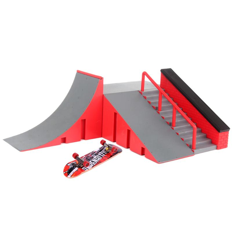 Cool Mini Table Game Finger Skating Board ABS and Alloy Ramp Track Toy Set for Skateboard Lover Kids Birthday Xmas Gift