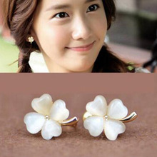 Grace Jun(TM) High Quality Clover Flower 4 heart  Shape Opal Clip on Earrings Without Piercing for Girls Party  Needn't Ear Hole