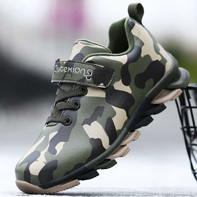 Outdoor Sport Shoes PU Leather Trainers