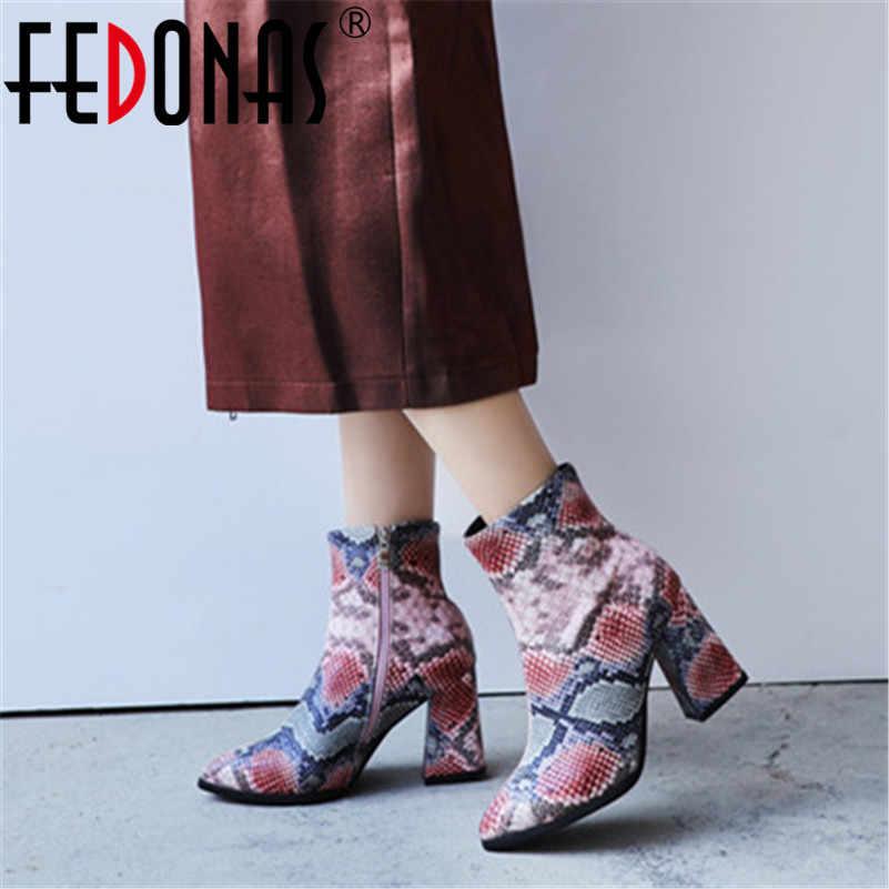 FEDONAS yeni moda seksi hayvan baskı Pu deri kadın yarım çizmeler 2019 sonbahar kış yeni sivri burun yüksek topuklu Chelsea çizmeler
