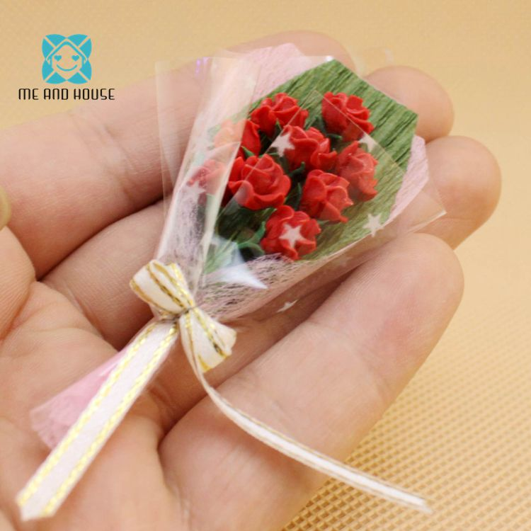 DOLLHOUSE Valentines Day One Red Rose Bouquet with Ribbon 1:12 Scale Miniatures