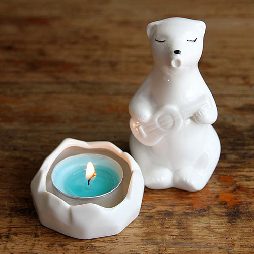 creative funny white polar bear sit around a campfire play guitar ceramic candle holders romantic animal porcelain candlestick