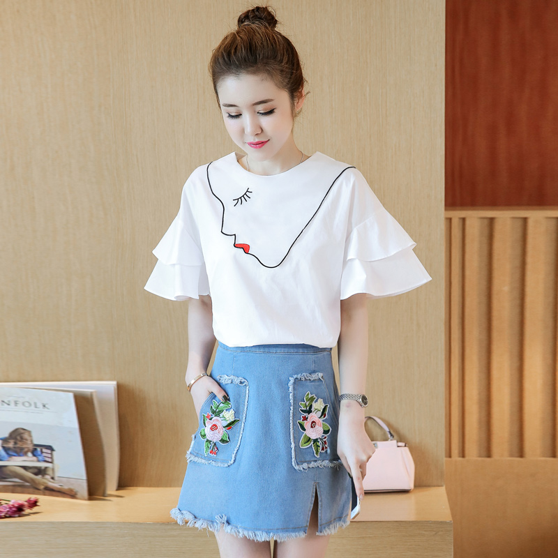 Make the new denim skirts suits female white trumpet sleeve short sleeve T-shirt two-piece tide Рукав