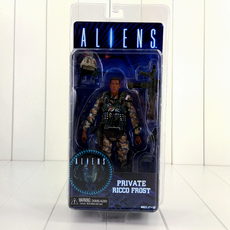 18cm NECA Aliens Action Figure Ricco Frost Private Figure Toy With Weapon Helmet Alien VS. Predator AVP Model Doll 1pcs alien vs predator amanda mixed human avp soldier ripley 17cm model collectie kids movie brinquedos series sci fi film neca