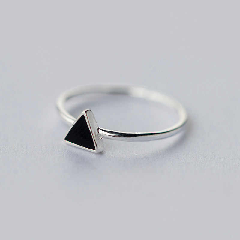 Inzatt Nyata 925 Sterling Perak Geometris Hitam Enamel Segitiga OL Adjustable Cincin Minimalis Fine Perhiasan untuk Wanita Pesta Hadiah
