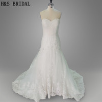 Real Model 2015 Strapless Appliques Gown Handmade Flowers White Tulle Long Train Wedding Dresses