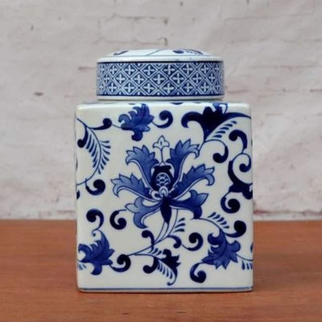 Us 68 46 11 Off European Blue And White Porcelain Jar Decoration Decorative Ceramic Four New Can Chinese House Of Soft In Vases From Home