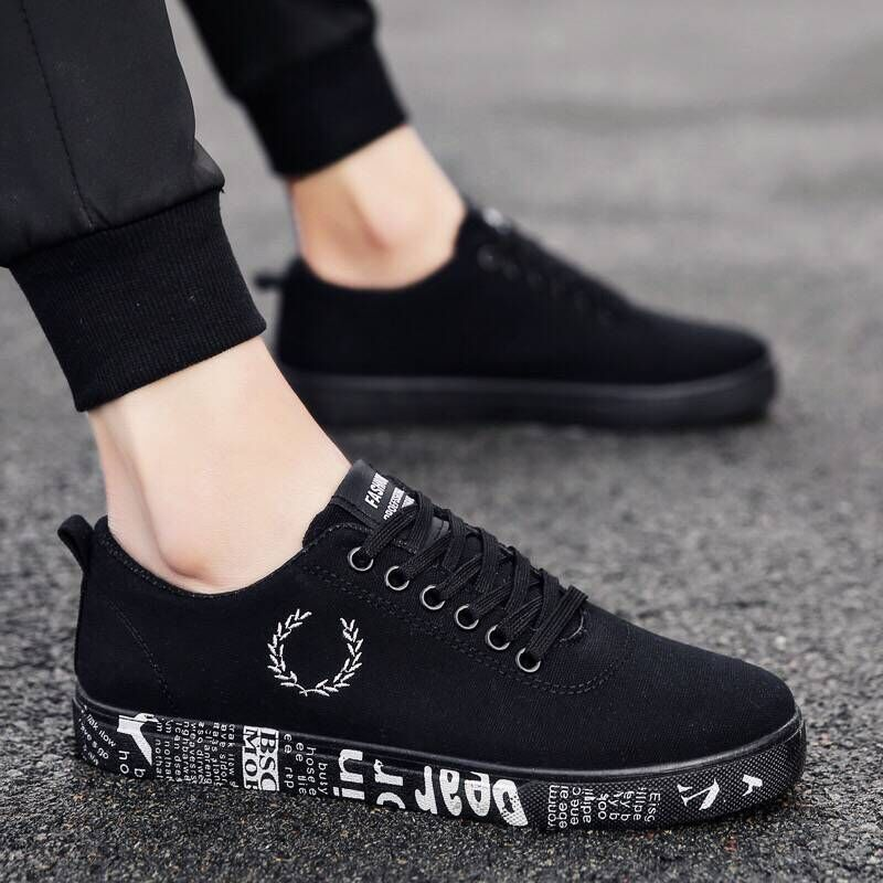 European 2018 Spring/Autumn lace up canvas adult casual shoes high quality fashion sneakers man breathable cool men shoes 2018 european cool men shoes breathable light casual adults casual shoes spring autumn solid high quality sneakers man