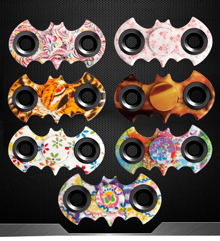Figet Tri Spinner Batman Tri spinner Fidget Finger Spinner Hand Focus Ultimate Spin EDC Stress Reducer
