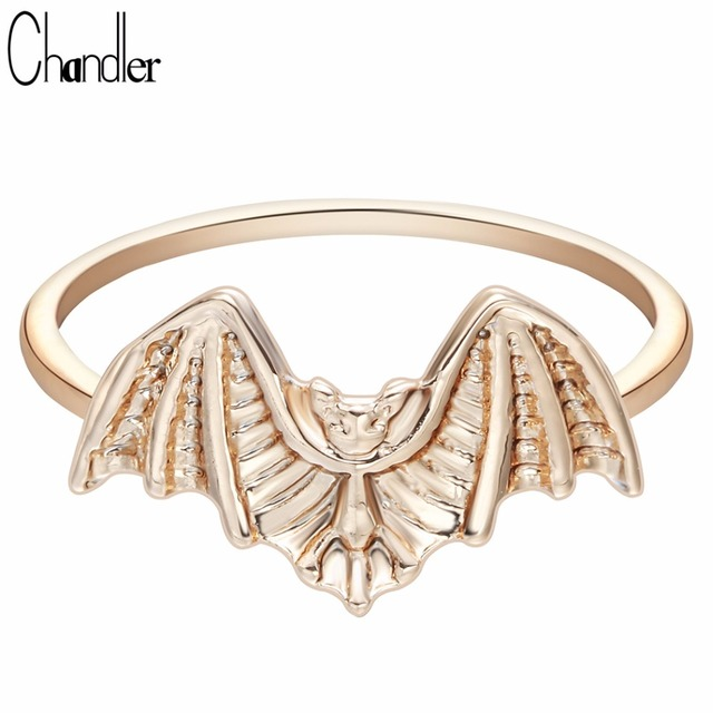 Chandler Famous Brand Flying Bat Ring Halloween Jewelry Knuckle Toe Finger Bague Cosplay Hallowmas Gifts Fashion Accessaries