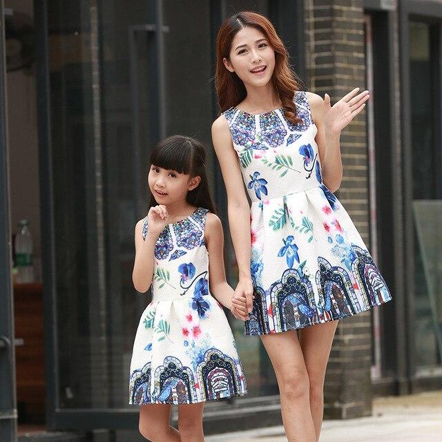 2016 a juego de la familia de madre e hija vestidos ropa madre e hija vestido de niños de padres de niños equipan el envío libre